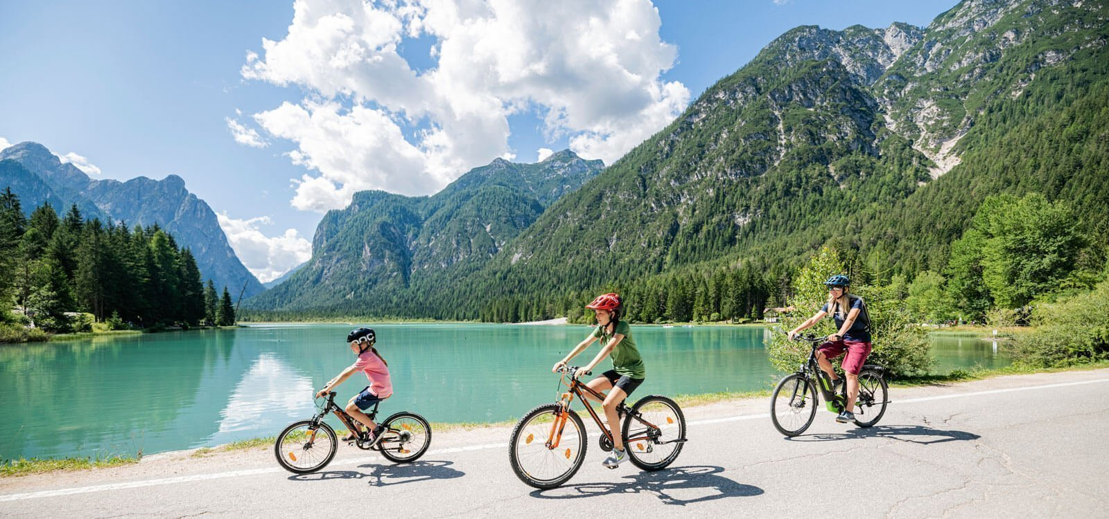 Vivere la natura in bicicletta e mountain bike